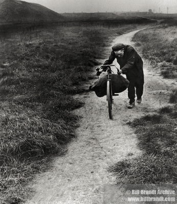 Coal Searcher Going Home to Jarrow - Bill Brandt 1936